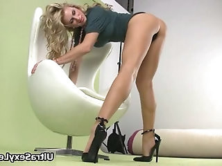 Secretary babe with long legs